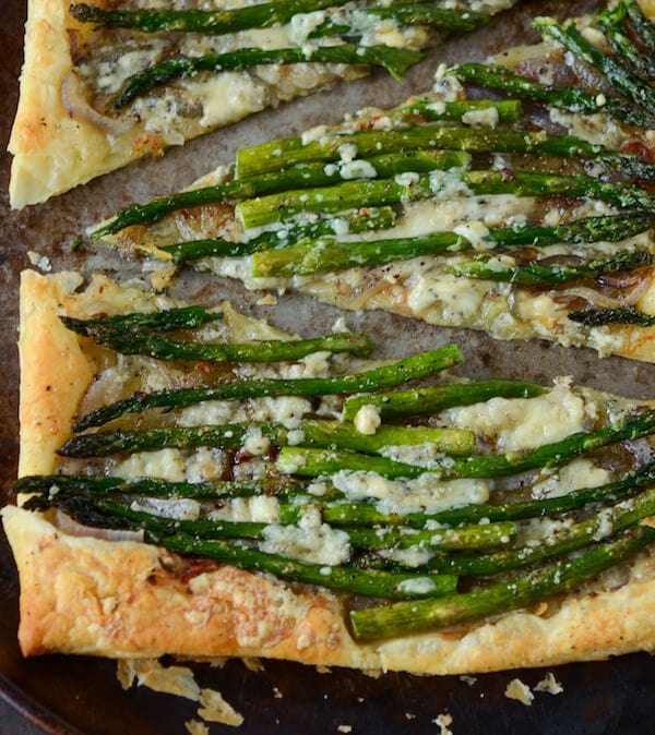 Red Onion, Asparagus & Blue Cheese Tart from www.thenovicechefblog.com