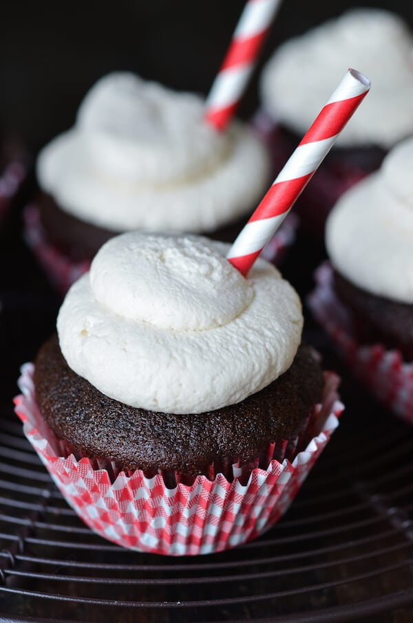 Root Beer Float Cupcakes via thenovicechefblog.com
