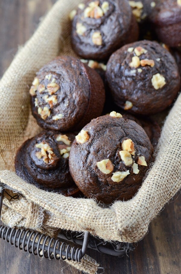 [eggless] Chocolate Banana Muffins via thenovicechefblog.com