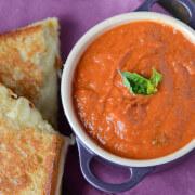 Creamy Tomato Panera Soup Copycat Recipe (via www.thenovicechefblog.com)