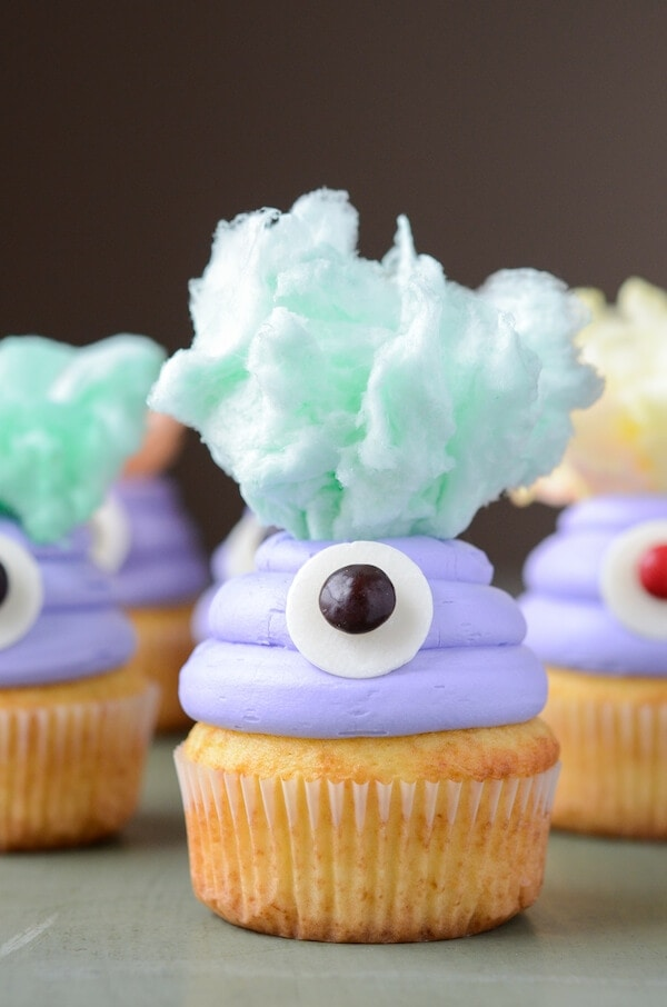 Monster Cupcakes (via thenovicechefblog.com)