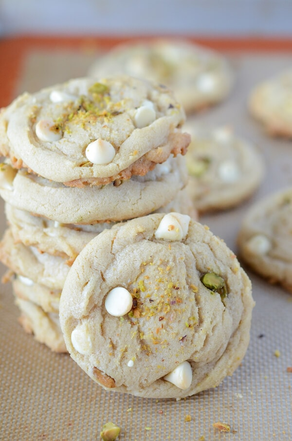 White Chocolate Pistachio Cookies (recipe via www.thenovicechefblog.com)