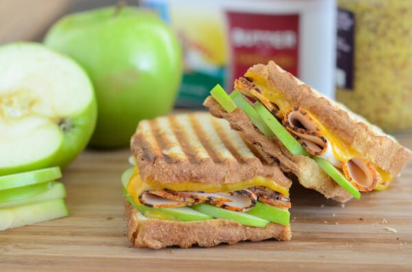 Apple, Cheddar & Turkey Panini via www.thenovicechefblog.com