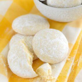 Lemon Cooler Cookies recipe via www.thenovicechefblog.com