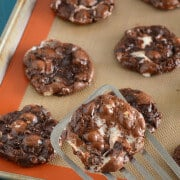 Flourless Chocolate Fudge Marshmallow Cookies - #GlutenFree #Recipe
