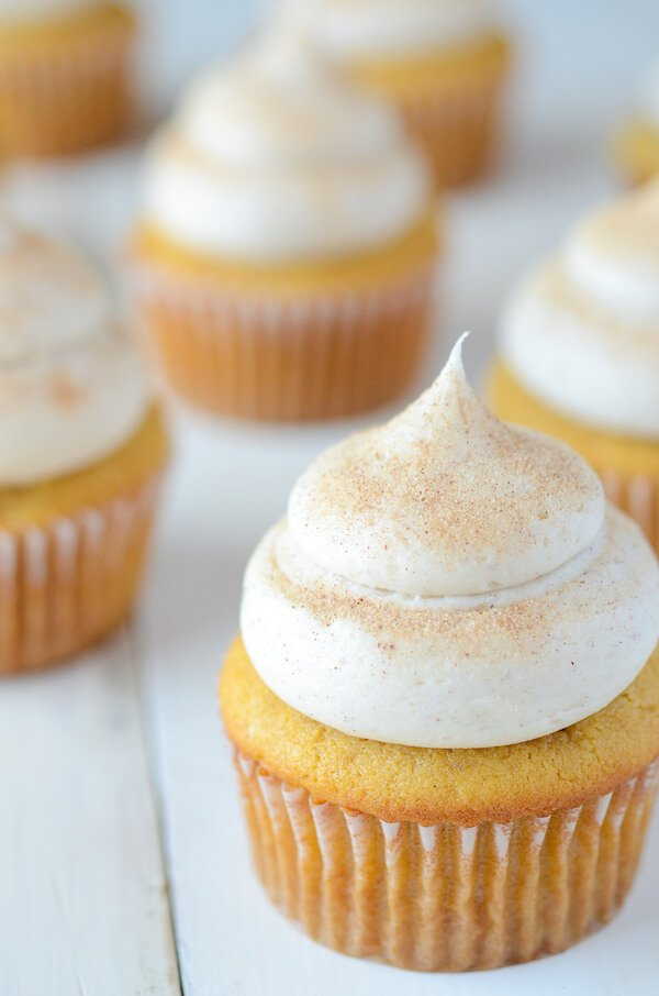 10 Must Make Thanksgiving Recipes: Pumpkin Cupcakes with Cinnamon Cream Cheese Frosting