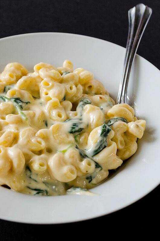 Creamy Greek Yogurt Mac & Cheese
