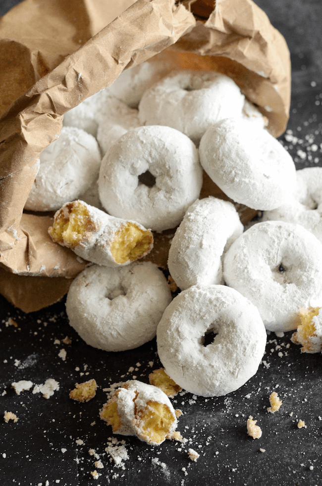 Mini Powdered Doughnuts! Ready in 20 minutes!