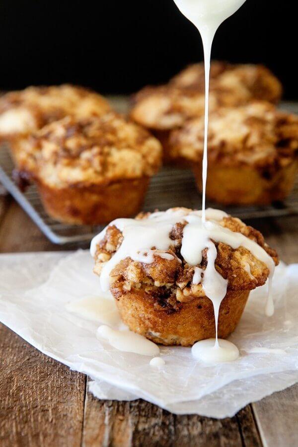 Cinnamon Roll Muffins!!