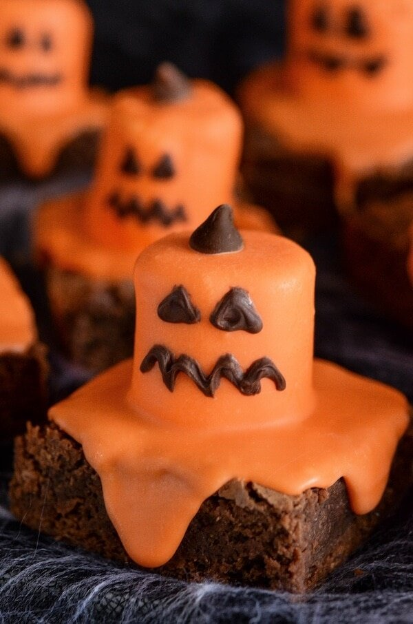 Melted Jack O' Lantern Brownies for Halloween!