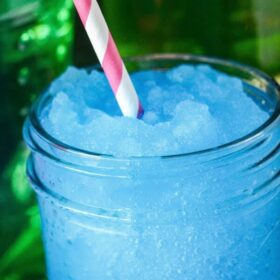 Boozy Jolly Rancher Slushies! You only need 4 ingredients for these awesome summer cocktails: jolly ranchers, vodka, ice and sprite!